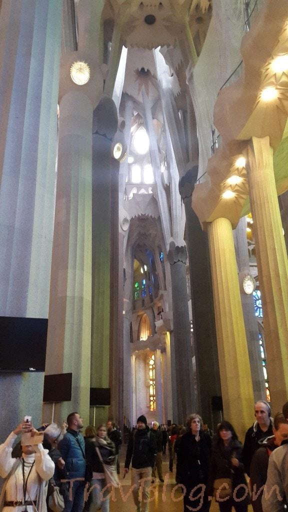 La sagrada familia barcelona travel tips for La sagrada familia inside